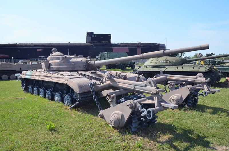 http://www.kpopov.ru/military/avtovaz_museum_13_1/t-64/dsc_3883.jpg