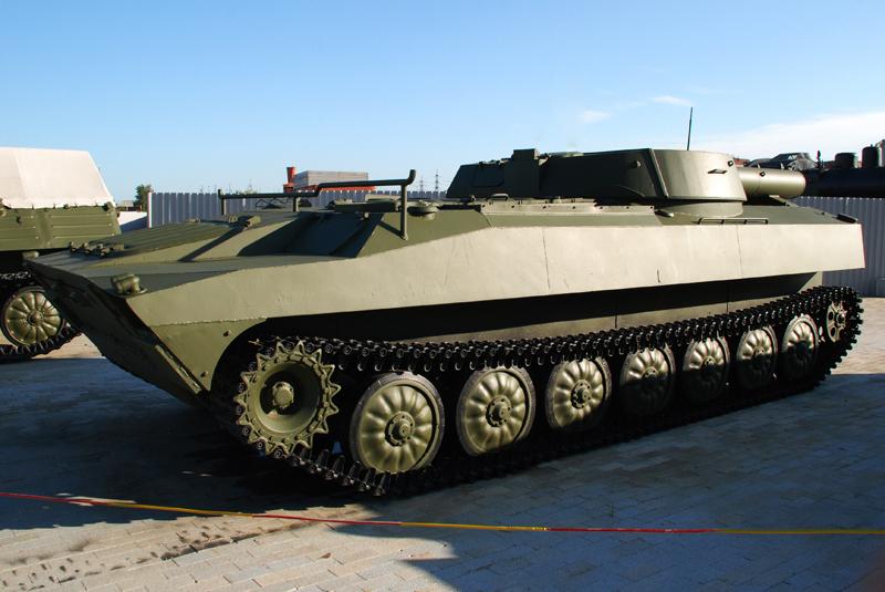 http://www.kpopov.ru/military/pyshma_2014/ur-77/dsc_1883.jpg